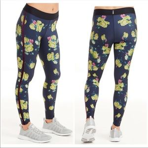 Ultracor Navy Floral Soulcycle S EUC like new HR
